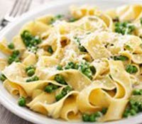 plate of Cheesy Peas-y Pasta